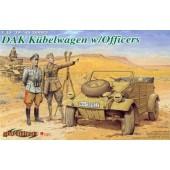 Автомобиль Kubelwagen с Офицерами